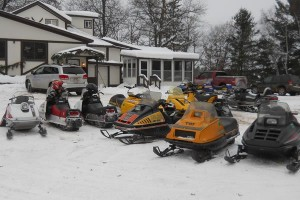 Vintage Snowmobile Clubs 48